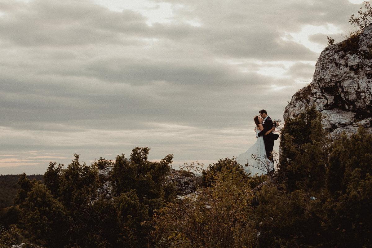 Ada-Bartek-plener-slubny-fotografia-slubna-jura-gora-zborow-boho-panna-mloda-BLOG_20170913_17-50-37_IMG_0460 Adriana & Bartłomiej - Góra Zborów - plener ślubny - fotograf śląsk