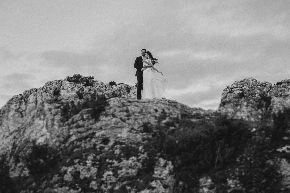 Ada-Bartek-plener-slubny-fotografia-slubna-jura-gora-zborow-boho-panna-mloda-BLOG_20170913_18-08-37_IMG_0615-Edit Adriana & Bartłomiej - Góra Zborów - plener ślubny - fotograf śląsk
