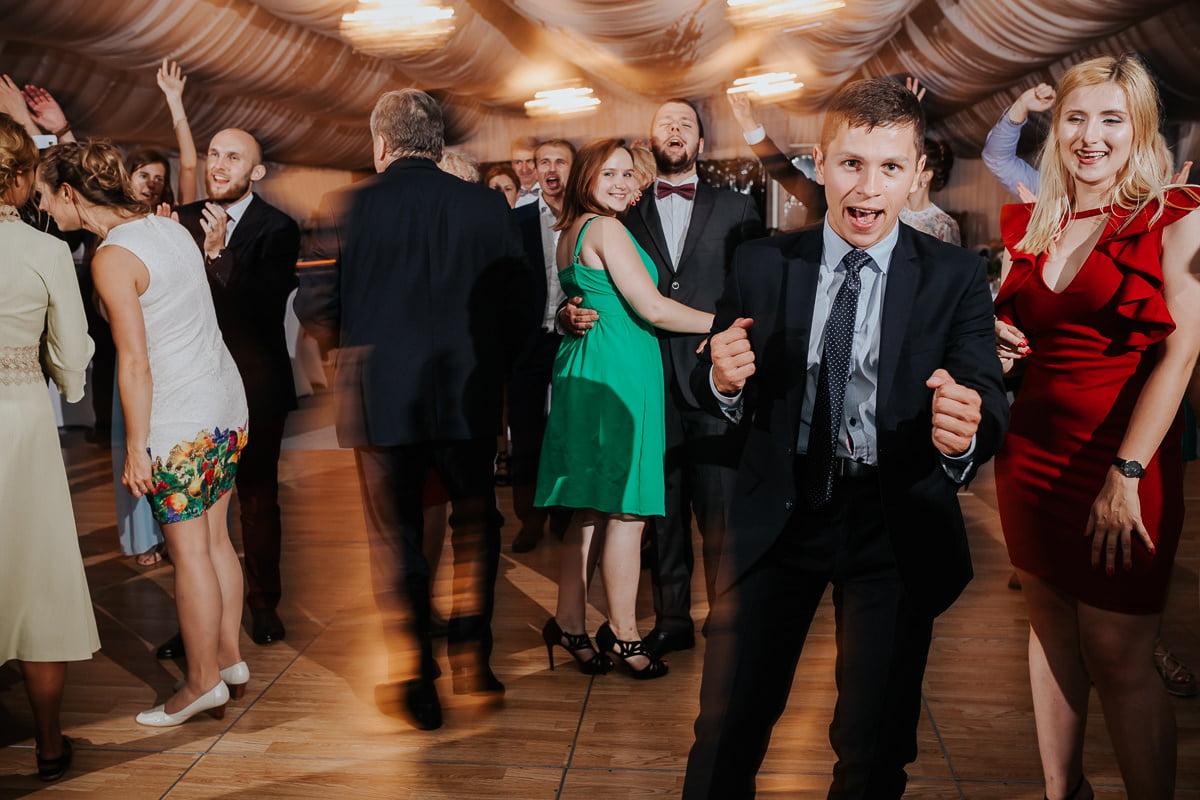 Martyna-Michał-wesele-palac-czarny-las-fotografia-slubna-slask_20170812_23-35-53_IMG_2746-2-1 Martyna & Michał - reportaż ślubny - Czarny Las - fotograf Śląsk