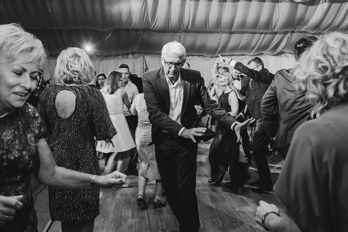 Martyna-Michał-wesele-palac-czarny-las-fotografia-slubna-slask_20170813_01-00-00_IMG_3038-1 Martyna & Michał - reportaż ślubny - Czarny Las - fotograf Śląsk