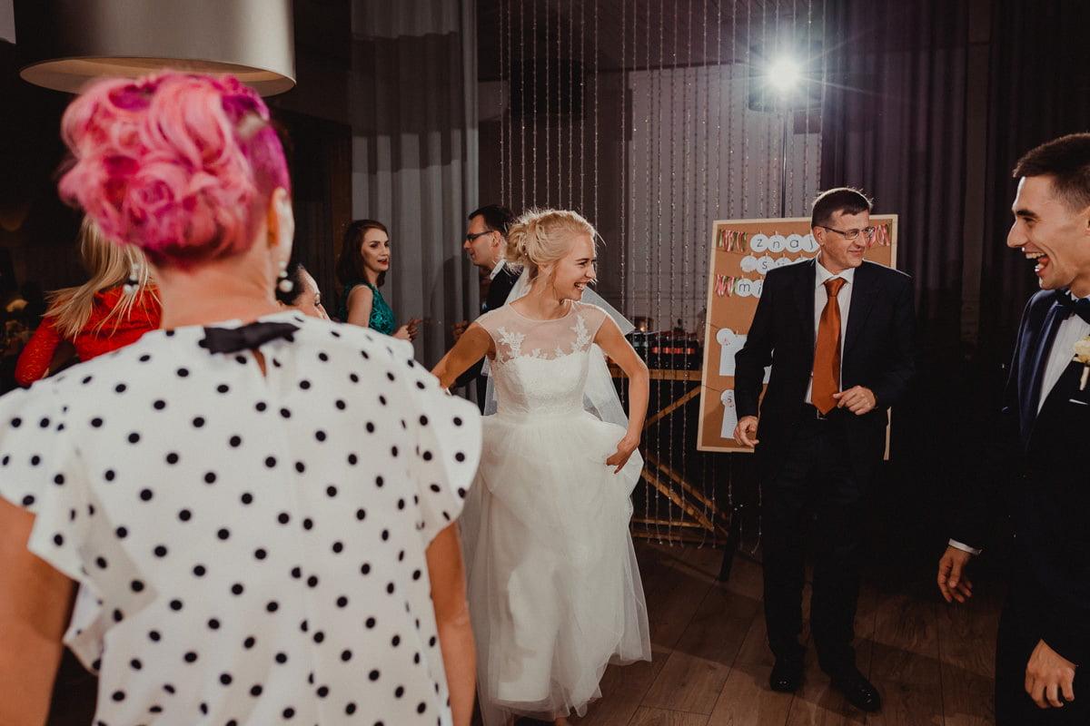 Paulina-Filip-wesele-umami-gliwice-fotograf-slubny-slask-czestochowa-reportaz_20170916_18-27-32_IMG_0587 Paulina & Filip - wesele w Umami - fotograf ślubny Śląsk