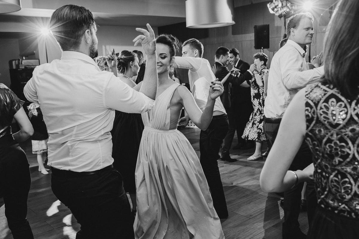 Paulina-Filip-wesele-umami-gliwice-fotograf-slubny-slask-czestochowa-reportaz_20170916_21-26-37_IMG_1495-2 Paulina & Filip - wesele w Umami - fotograf ślubny Śląsk