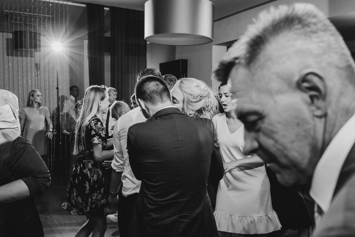 Paulina-Filip-wesele-umami-gliwice-fotograf-slubny-slask-czestochowa-reportaz_20170916_23-59-11_IMG_2262-2 Paulina & Filip - wesele w Umami - fotograf ślubny Śląsk