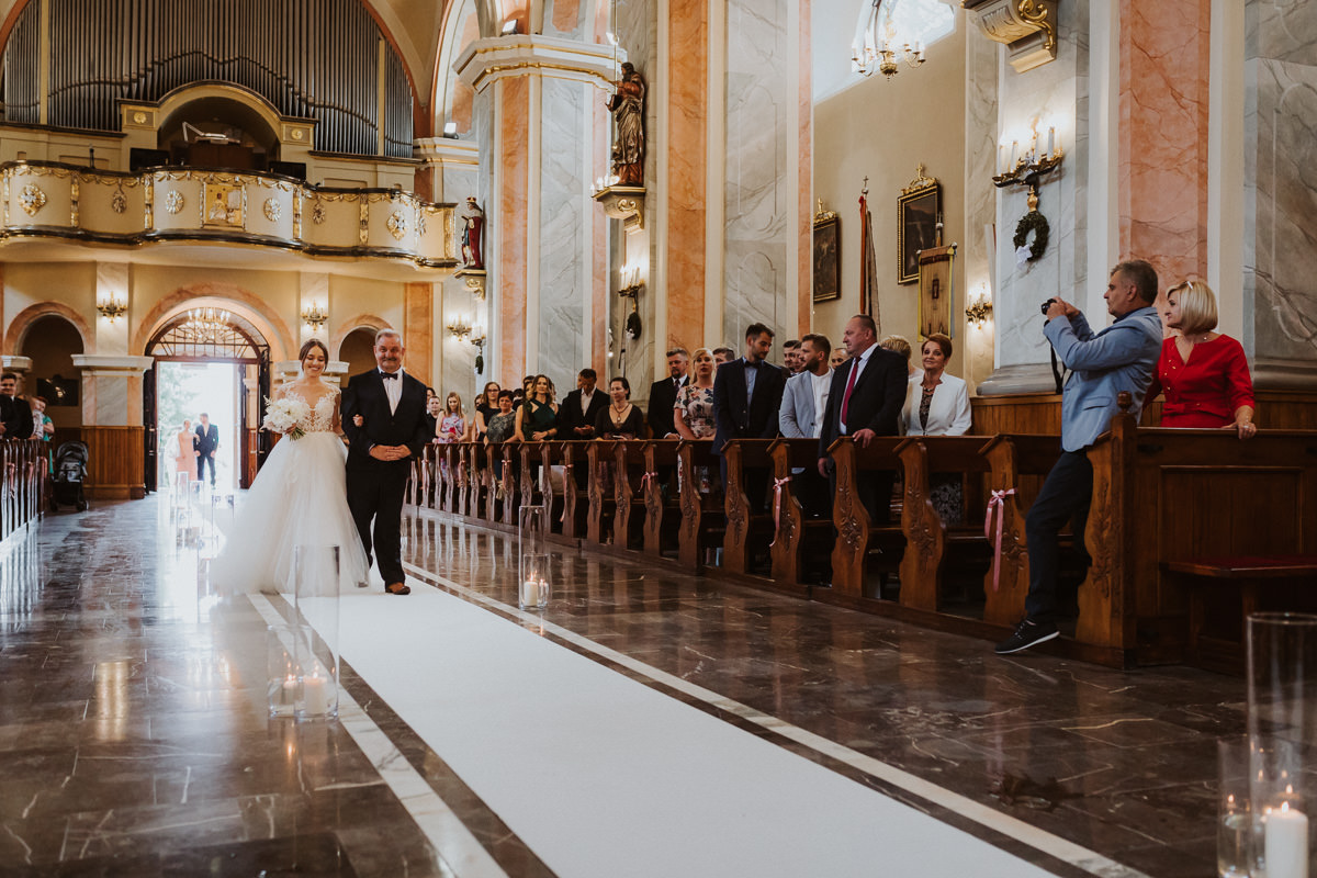 Sylwia-Roman_BLOG_20180602_14-00-43_5D4_8972 Sylwia & Roman - Beskidzki Raj - Fotograf Ślubny Kraków