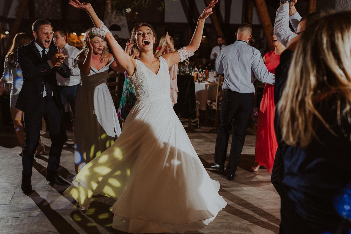 wesele rustykalne w plenerze mazury fotograf slubny siedlisko kruklin gizycko zdjecia warszawa slask krakow trojmiasto